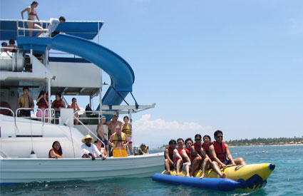 Watersport di Bali Fun Ship