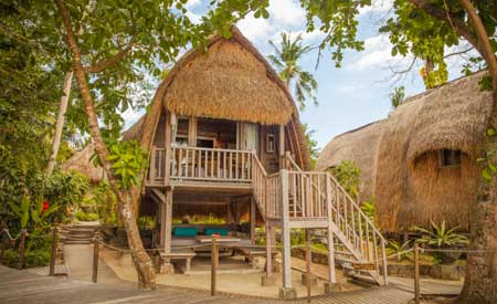 Hai Tide Beach Resort Nusa Lembongan