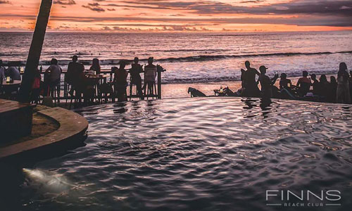 Sunset dari Finns Club Canggu