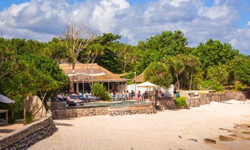 Sandy Bay Beach Club di Nusa Lembongan