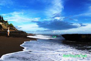 Objek wisata pantai Batu Bolong