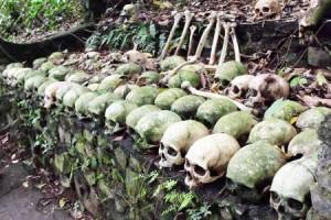 Tengkorak manusia di Desa Trunyan