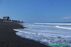 objek wisata pantai Ketewel