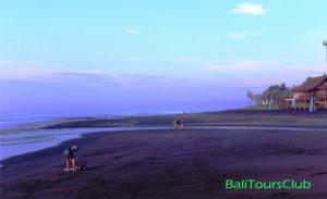 Objek wisata Pantai Keramas