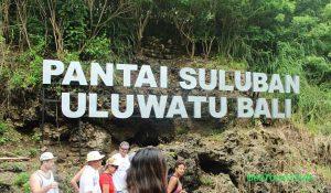 Pantai Suluban Uluwatu Bali