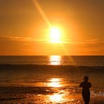 Sunset di pantai Suluban Uluwatu