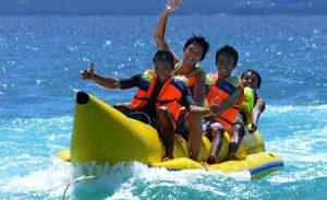 Banana Boat di Tanjung Benoa Bali