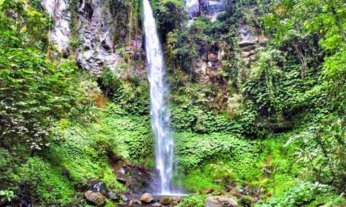Objek wisata air terjun Blahmantung Tabanan