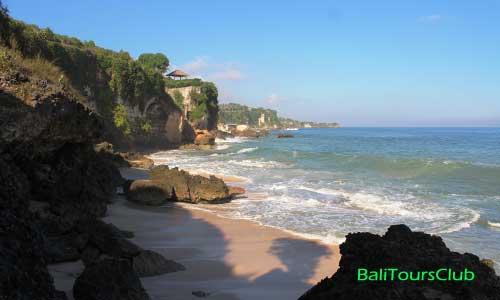 Objek wisata Pantai Tegal Wangi