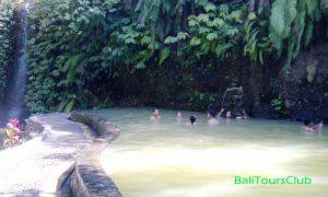 Pemandian air panas Angseri Tabanan