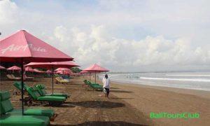 Suasana Pantai Seminyak Bali