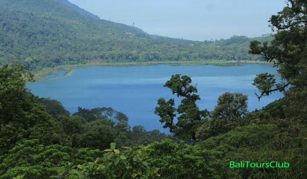 Objek Wisata Danau Tamblingan Di Buleleng Bali