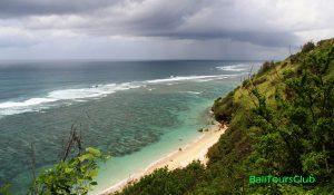Pantai Gunung Payung dari atas bukit
