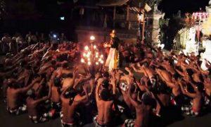 Tari Kecak Ubud Bali