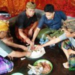 Tradisi Megibung di Karangasem
