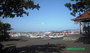 Objek wisata pantai Lebih