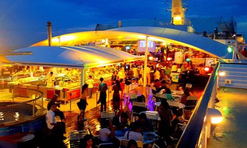 Suasana Bounty Sunset Dinner Cruise