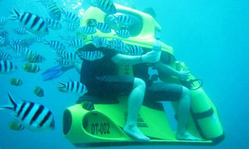 Wisata bawah laut - underwater scooter Bali