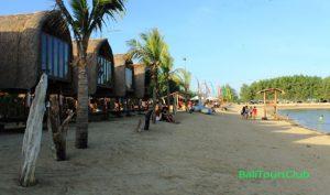Dream Island di pantai Mertasari Bali
