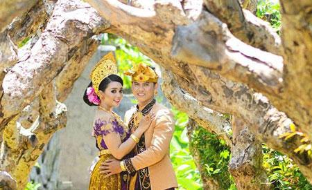 Foto pre-wedding di Big Garden Corner