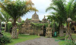 Miniatur Candi Borobudur - Big Garden Corner