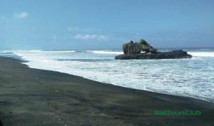 Objek wisata pantai Yeh Gangga