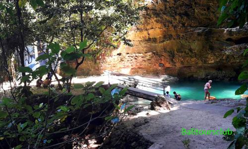 Objek wisata mata air Tembeling