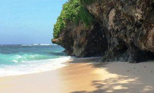 Objek wisata pantai Batu Pageh
