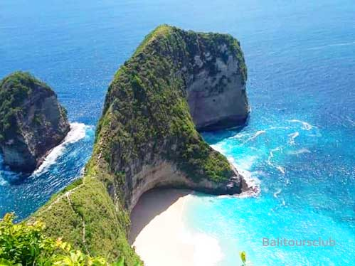 Objek wisata pantai Kelingking di Nusa Penida