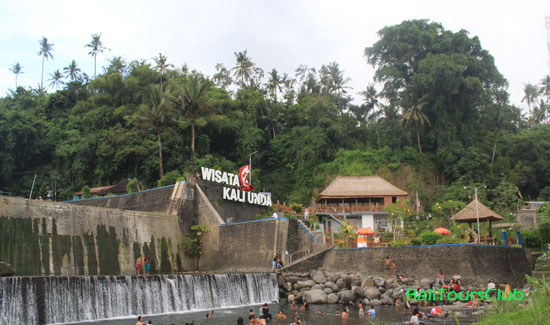 Objek wisata Dam Kali Unda