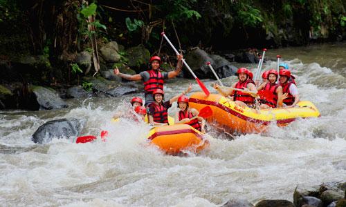 Tempat dan Lokasi Rafting Terbaik di Indonesia