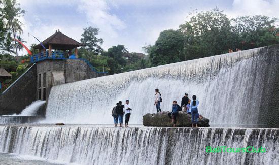 Wisata Kali Unda Di Klungkung Menyuguhkan Pemandangan Dam