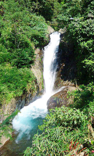 Air terjun Mekalongan di Gitgit