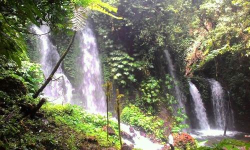 Air terjun Spray di Banyu Amerta Wanagiri