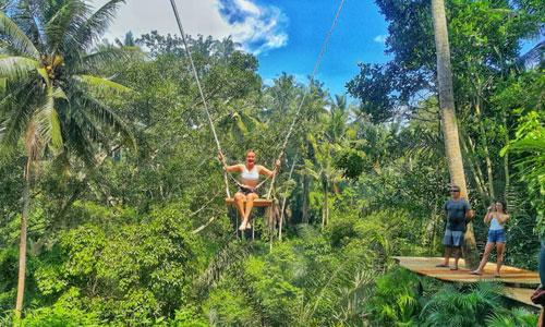 Ayunan di Gunung Sari Celuk Swing