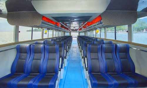 Kabin kapal Freebird Express Fast Boat