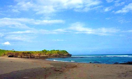 Objek wisata pantai Kelecung Tabanan