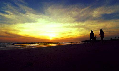 Sunset di pantai Kedungu