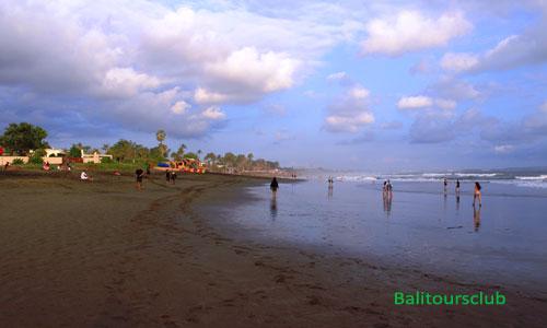 Objek wisata pantai Perancak Tibuibeneng