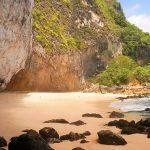 Pantai Batu Seha di Nusa Penida Bali