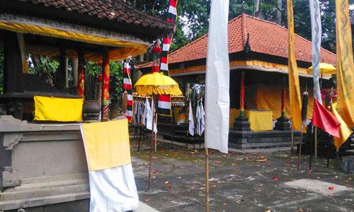 Pura Luhur Gonjeng di Kukuh Tabanan