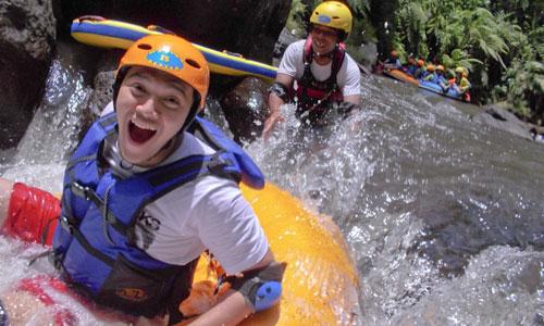 Rekreasi River Tubing di Bali