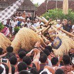 Tradisi Dewa Mesraman di Klungkung