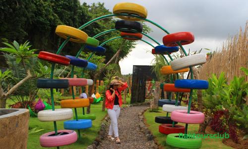 Tempat foto selfie di Stone Garden Bali