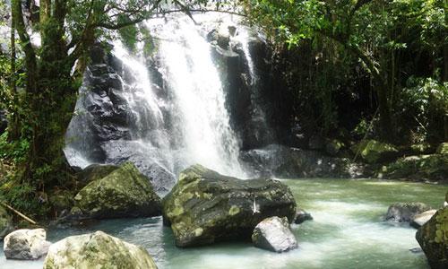 Air terjun Sing Sing Angin di Tabanan Bali