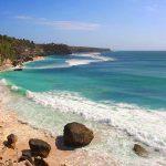 Objek wisata pantai Cemongkak di Pecatu Bali