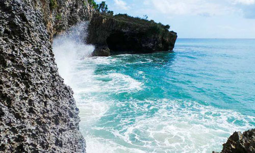 Pantai Honeymoon di Jimbaran