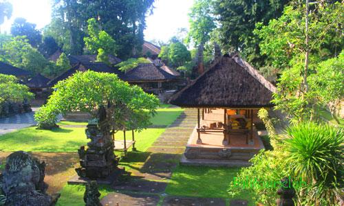 Pura Samuan Tiga di Gianyar Bali