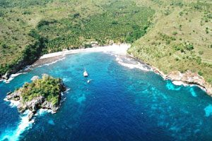 Snorkeling di Crystal Bay Nusa Penida