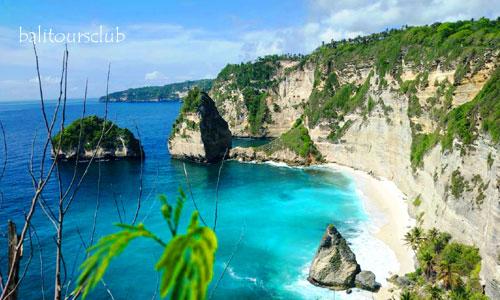 Objek wisata pantai Diamond Nusa penida